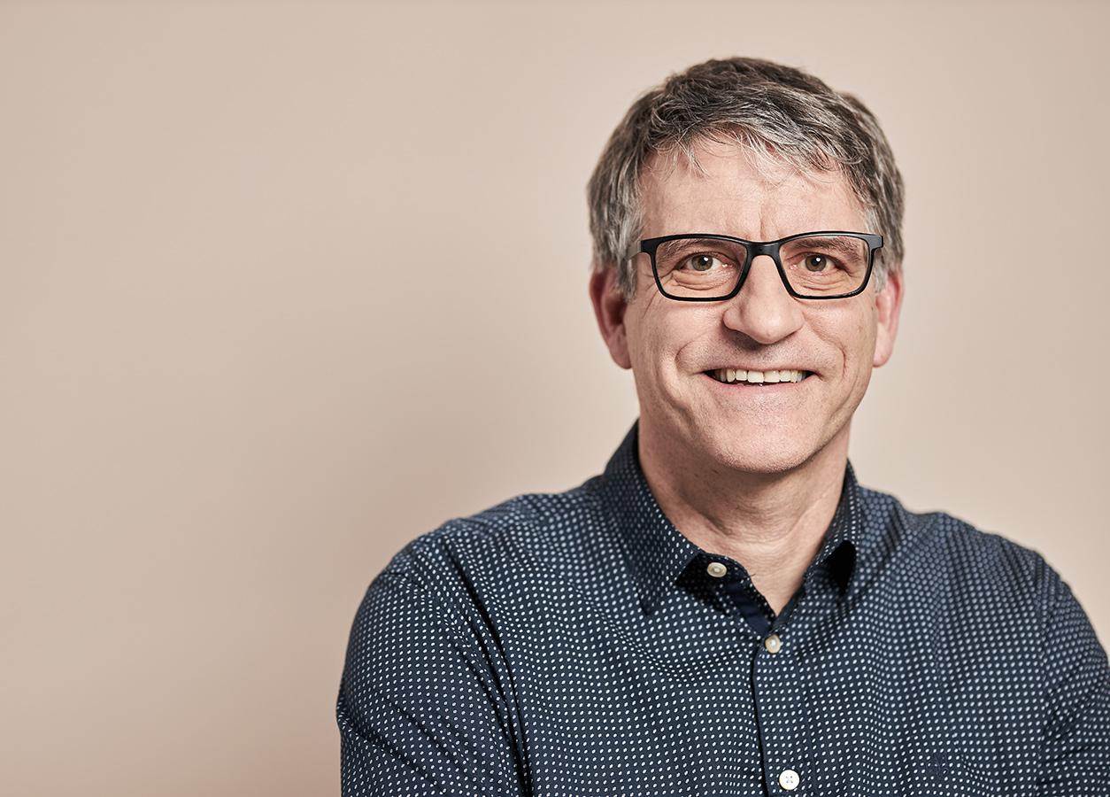 Portrait von Alexander Stoffel Inhaber von der Designagentur PARA-Design
